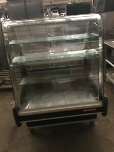 Arnee Refrigerated Pastry Case With Curved Front Tillt Glass