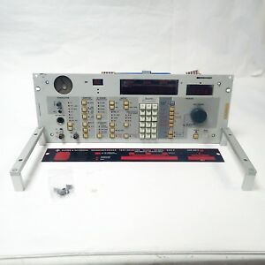 Rohde Schwarz 335 8400b Test Receiver Esh 3 10khz 30mhz Front Panel Only
