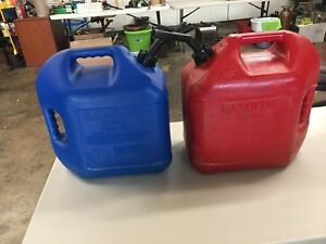 2 Blitz 5 Gallon Kerosene Vented Gas Can Jug Complete Spouts Fuel Usa