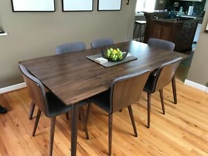 Mid Century Walnut Dining Table 6 Dining Chairs All In Pristine New Condition