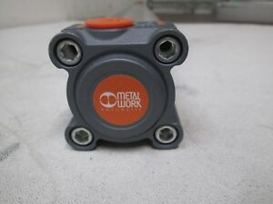 Metal Work Pnuematic Rotary Cylinder 1210401000zp Bore 040 Stroke 1000 New