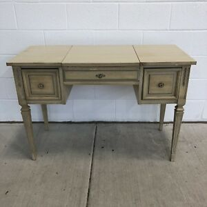 Vintage French Provincial Bedroom Bathroom Vanity Dressing Table Dixie Furniture