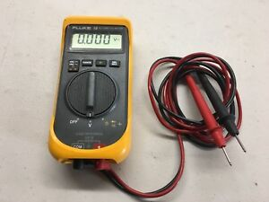 Fluke 18 Automotive Meter With Leads Rubber Protection Cover