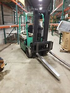 Mitsubishi Caterpillar 3500 Lb 3 Wheel Electric Forklift Low Hours