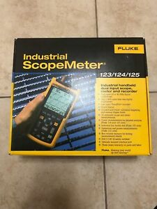 Fluke 123 003 Industrial Scopemeter 20 Mhz Frequency