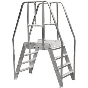 Bustin 32 in Spacesaver Crossover Ladder 4 steps 500lb Cap be3101