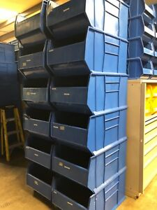 Quantum Storage Systems Lot Of 12 Qus997 Bins