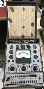 Universal Instrument Model 501 Radio Tube Tester