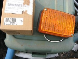 New John Deere At85785 Oem Amber Light