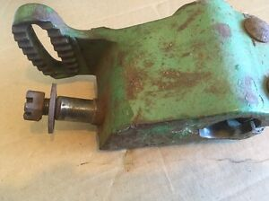 John Deere 37 8 8w 9 9w Sickle Mower Breakaway Tilt Bracket Stud Jd H11452h