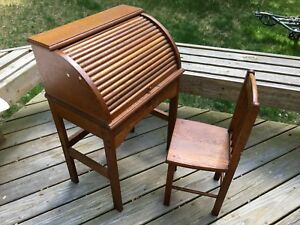 Antique Vintage Child Size Children S Roll Top Desk And Chair