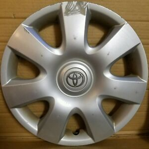 Toyota Camry 2002 2004 Hubcap Oem 61115 Wheel Cover 180ds