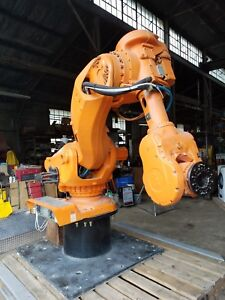 Used 6 Axis Foundry Robot Arm Abb Model Irb 7600 M2000 Version Irb 7600 400 2 55