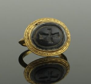 Beautiful Large Ancient Byzantine Gold Intaglio Ring Circa 9th Century Ad