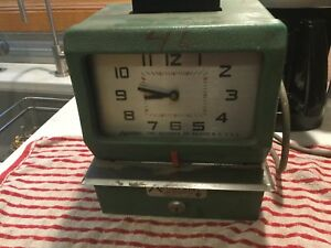 Acroprint 125nr4 Time Clock Work Punch Machine Working No Key