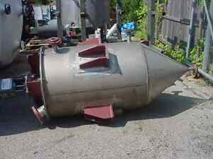 200 Gallon Cone Stainless Steel Cone Tank Mix Or Storage