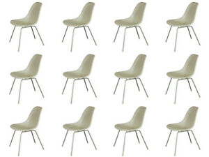 1960s Vintage White Eames Molded Fiberglass Shell Chairs For Herman Miller