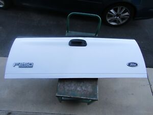 99 07 F250 F350 Super Duty 97 03 F150 Fleet Side Tailgate Assembly White Oxford