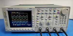 Tektronix Tds784d 1ghz Oscilloscope W Opt 05 13 1f Hd 2m 2f 2c calibrated