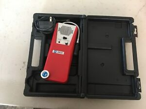 Tif 8800 Combustible Gas Leak Detector With Charger And Case