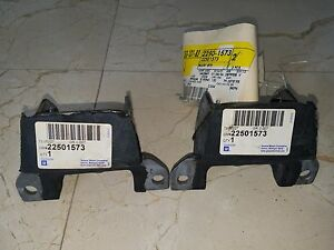 Gm 22501573 Engine Mounts Set 2 Oldsmobile 307 403 455 Original New Nos