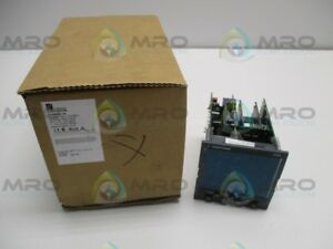 Eurotherm 2704 vh 121 xx d4 Temperature Controller as Pictured New In Box