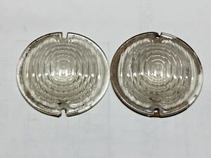 Vintage Pair Arrow Clear Glass Backup Running Lamp Light Lens 3 7 8 3 3 8 Old