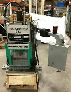Newbury V5 30brs Plastic Injection Molding Hydraulic Press Clamp Head Assembly