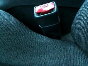 Seat Belt Front Bucket Coupe Driver Buckle Fits 00 05 Cavalier 351576