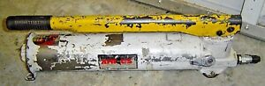 Amkus Rescue Systems Hydraulic Hand Pump Fire Rescue Equipment Tool