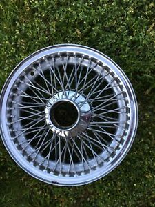 Jaguar Xke Series Two Spoke Hub Tubeless Chrome Wire Wheels Five Total