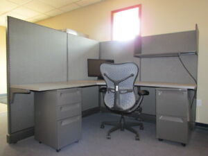 Four Wall Panel Cubicle Workstation