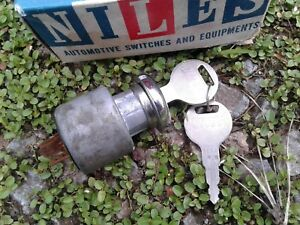 Datsun 520 521 Ignition Switch And Keys Oem Niles Japan