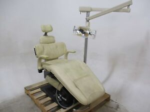 Belmont Belmont Axis 90 Dental Patient Exam Chair W Operatory Surgical Light