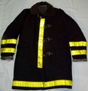 Globe Firefighter Turnout Coat Bunker Gear Jacket Size 42 Fire Protection used