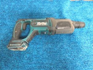 Makita Xrh04 18 volt Lxt Lithium ion 7 8 Cordless Rotary Hammer Tool Only