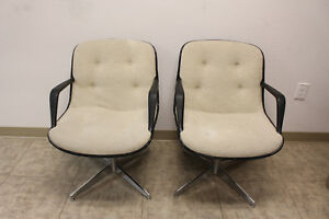 2 Mid Century Charles Pollock For Knoll Executive Office Chairs Arm Chairs