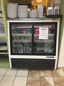 used True Brand Commercial Refrigerator White Color Back And Front Door