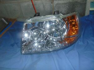 2003 2004 2005 2006 Ford Expedition Left Driver Side Headlight Lh
