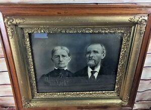 1865 Antique Eastlake Victorian Oak Gesso Picture Frame Wedding Photo Gilt