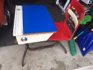 Vintage Painted School Desk And Chair Wood And Metal Swivel Seat Flip Top Child