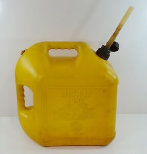 Blitz 5 Gallon Diesel Fuel Can With Vent Flex Spout 11854 Made In Usa Vented
