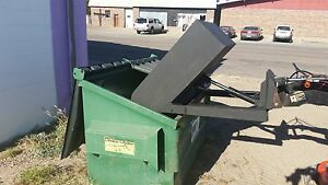 New 28 Wide Hydraulic Dump Bucket For Mini Skid Steer Fits Dingo And Boxer