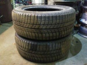 Pair Of Michelin X Ice Studless Tires 235 55 17