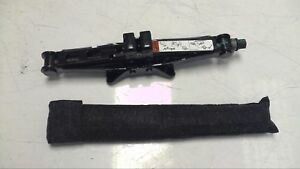 Oem 2009 Lincoln Mkz Emergency Road side Pantograph Jack stand And Tool Kit