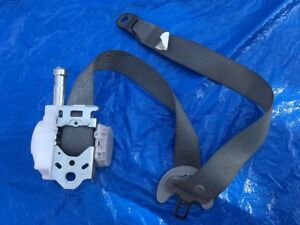 15 Corolla Seat Belt Front Bucket Driver Retractor Fits