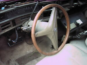 1971 1973 Cadillac Steering Wheel Horn Ring horn Pad olive