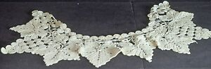 Fanciful Vintage Crochet Collar With Grapevine Motif Tt972