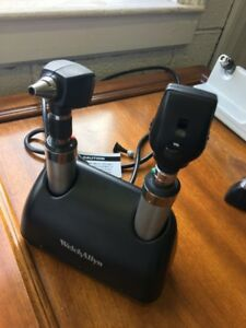 Welch Allyn Otoscope And Opthalmoscope Charging Base Handles And Heads