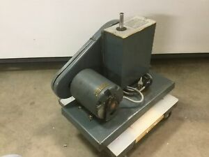 Welch Duoseal Vacuum Pump Two stage 1 3hp 115vac 60hz tested To 26 hg